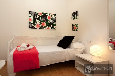 Holiday Apartments Barcelona Flat With Terrace In Gracia