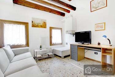 Cosy Apartment Beside The Ponte Di Rialto.
