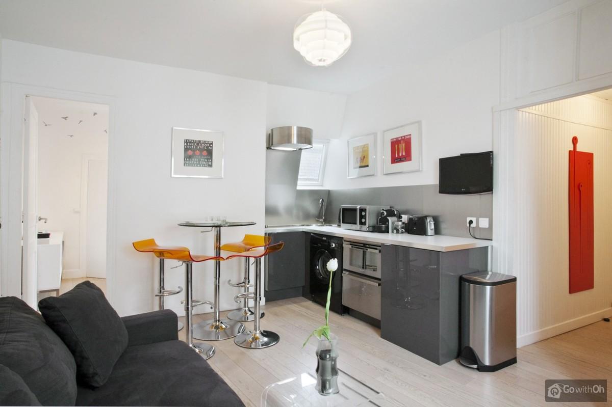 Fein Studio Apartment Küche Geruch Galerie - Küchenschrank Ideen ...