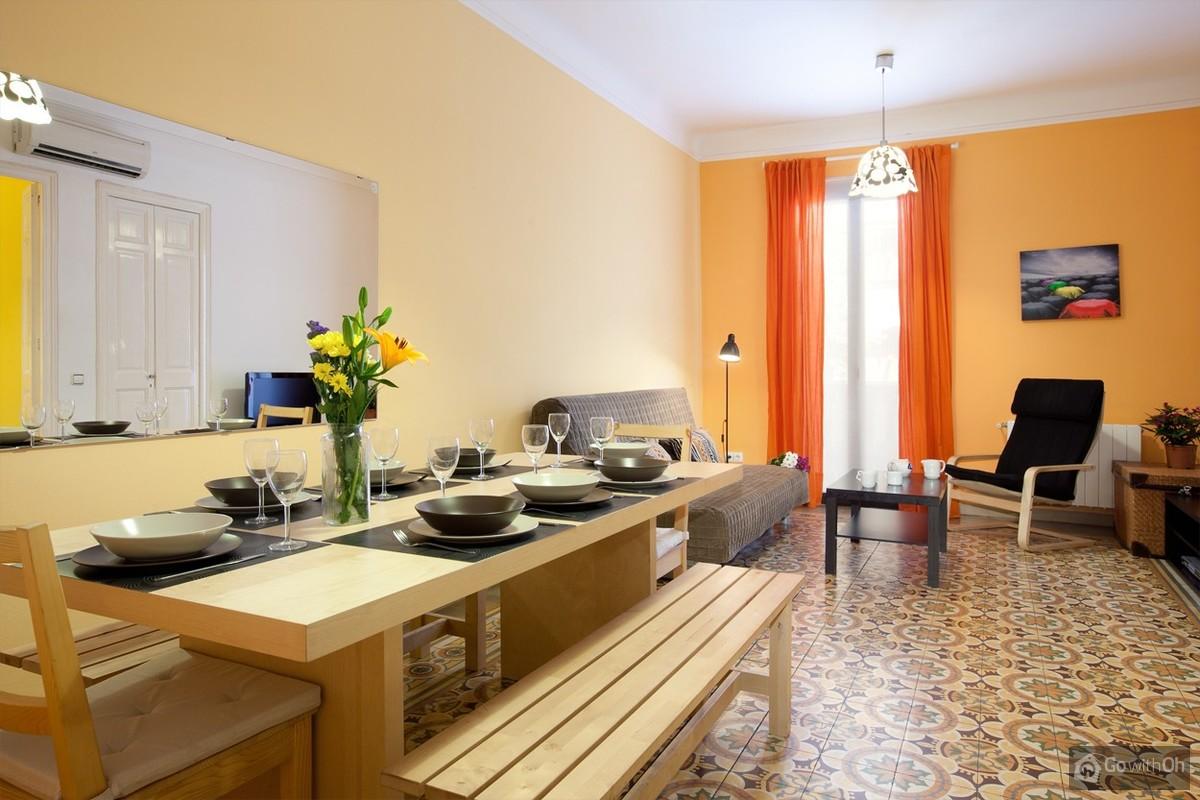 Holiday Apartments Barcelona Close To The Sagrada Familia