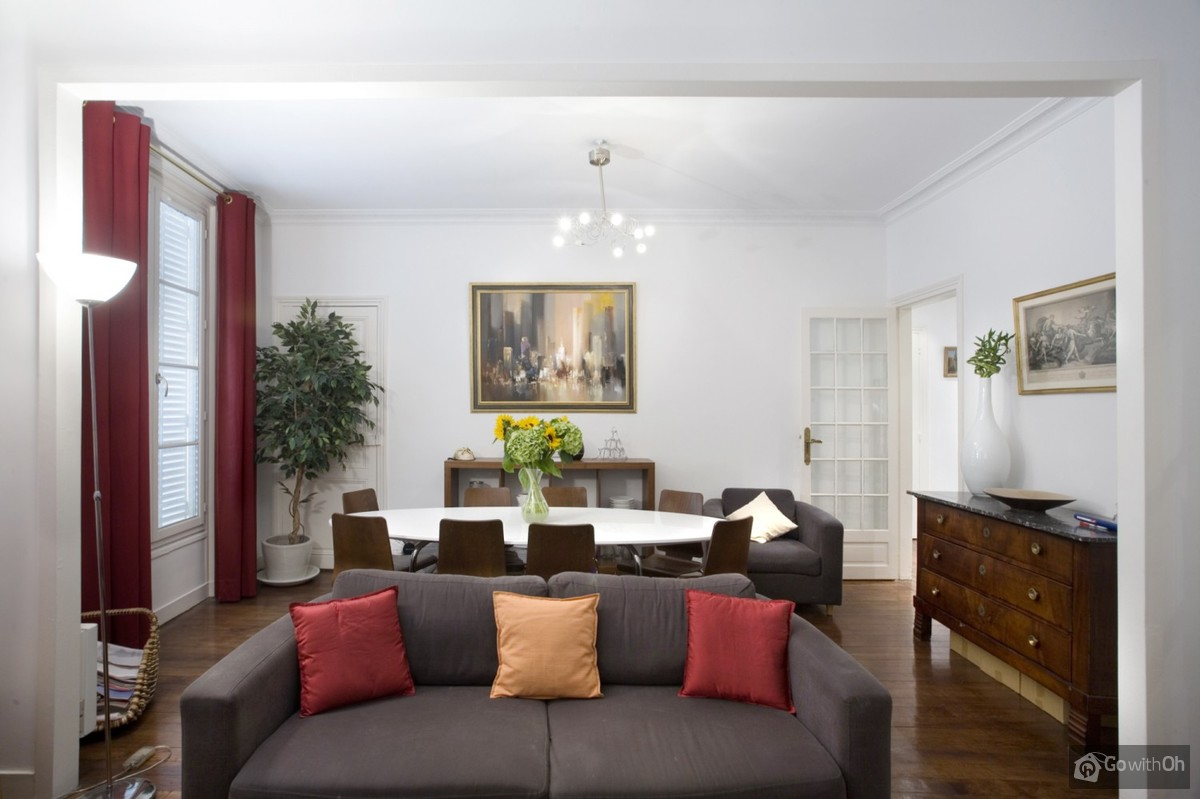 Spacious apartment (80sqm) ideal location between the Tour Eiffel ...