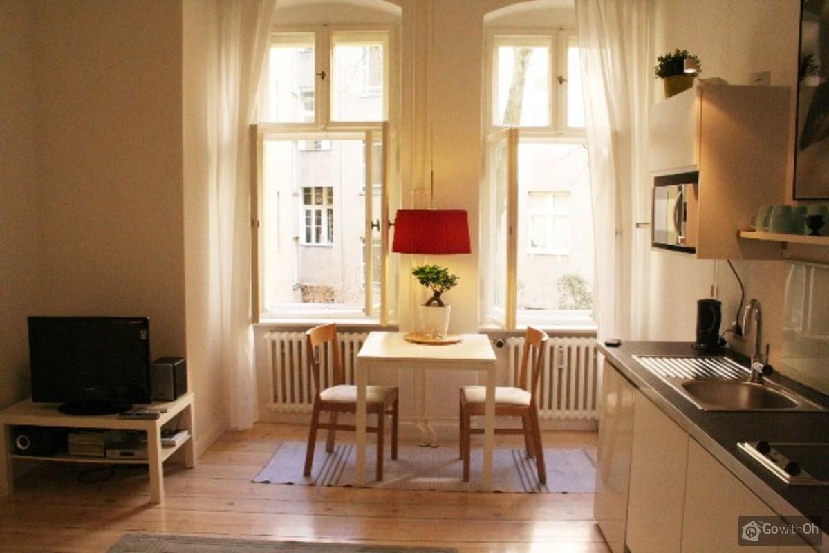 Modern Apartment In Berlin Tiergarten # Muebles Den Haag