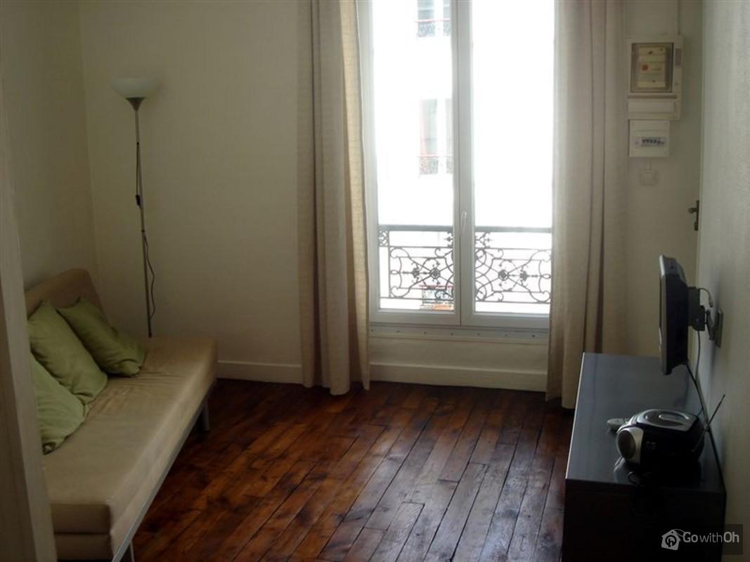 Quiet studio in Paris near Moulin Rouge and the Sacré Coeur