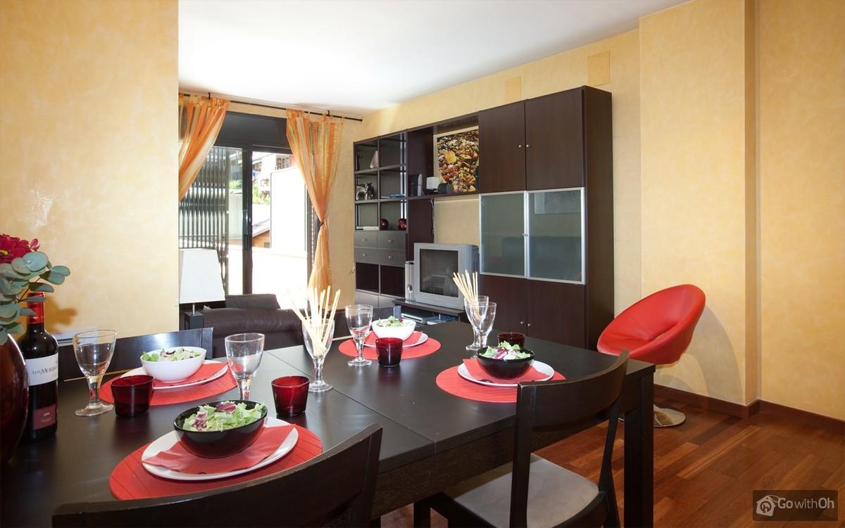 Twee Slaapkamer Appartement In Eixample Barcelona